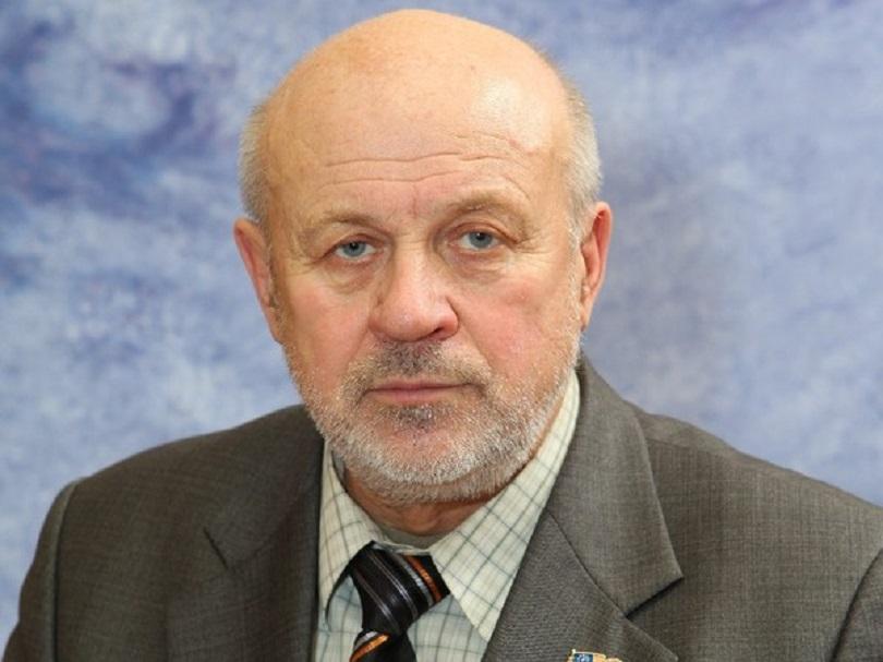 «Задача – вернуть доверие избирателя». Аркадий Харитонов о целях партии в Мирнинском районе Якутии