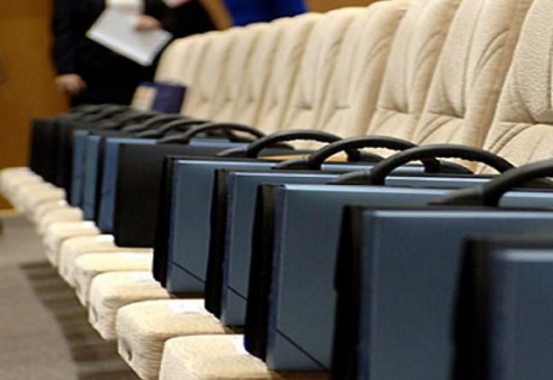 Кандидаты в чиновники скоро смогут пройти собеседование через Интернет