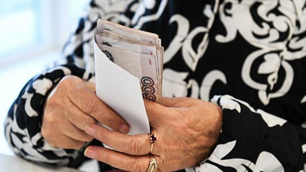 Георгий Степанов пояснил, кому будут доставлять пенсии на дом