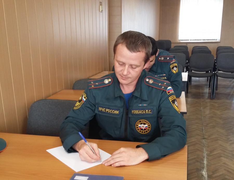 Второй раз лучшим в Якутии начальником караула противопожарной службы признан Павел Ковбаса