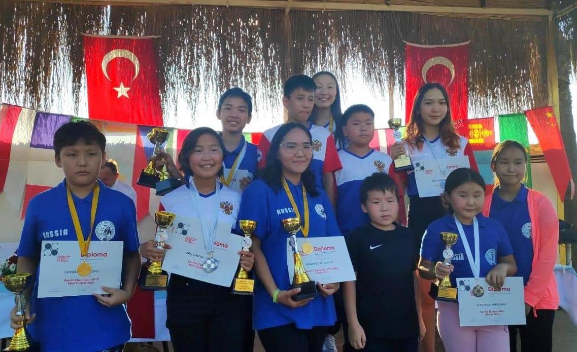 Юные шашисты из Якутии завоевали более половины «золота» международного турнира
