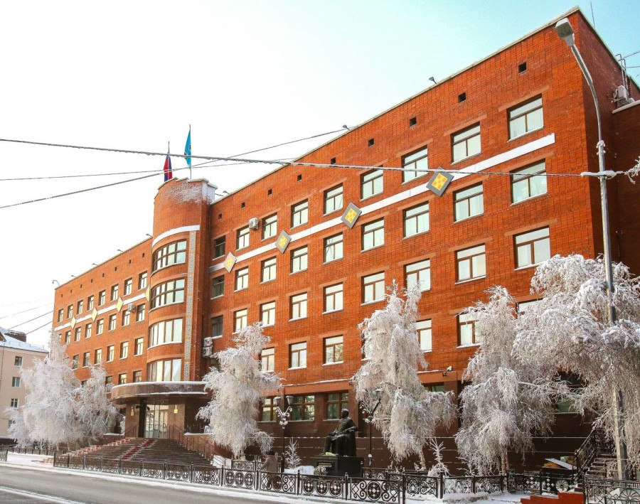 Юрий Николаев: Парламент Якутии принял сбалансированный бюджет на 2021 год