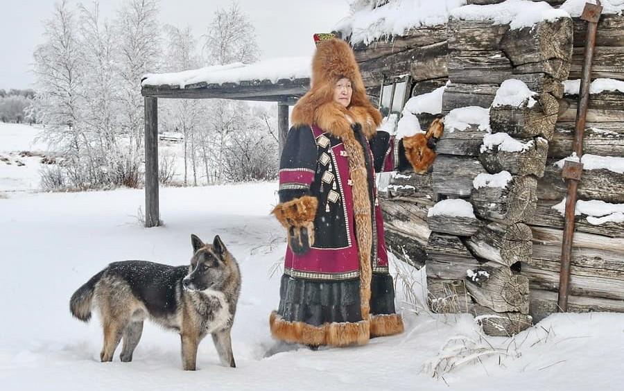 Мастерица из Таттинского улуса возродила уникальную женскую якутскую одежду