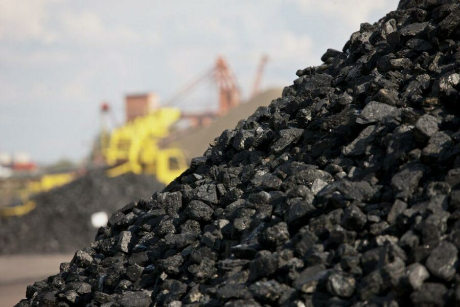 Якутия предлагает заключить соглашение с РЖД о перевозке угольной продукции