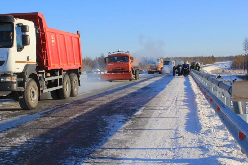 В Якутии предлагают проектировать дороги с учетом большегрузов
