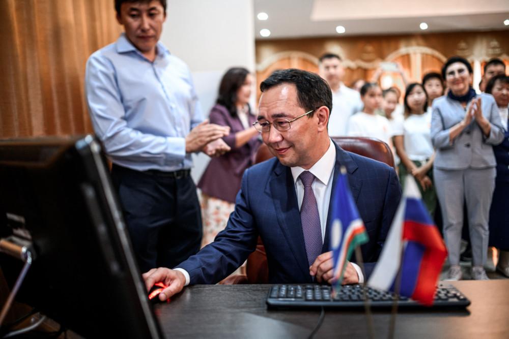 Айсен Николаев вошел в ТОП-10 наиболее цитируемых губернаторов-блогеров