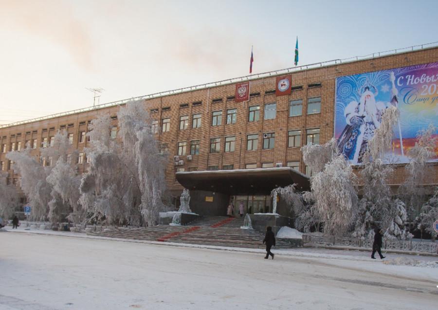 Глава Якутии назначил заместителя министра ЖКХ