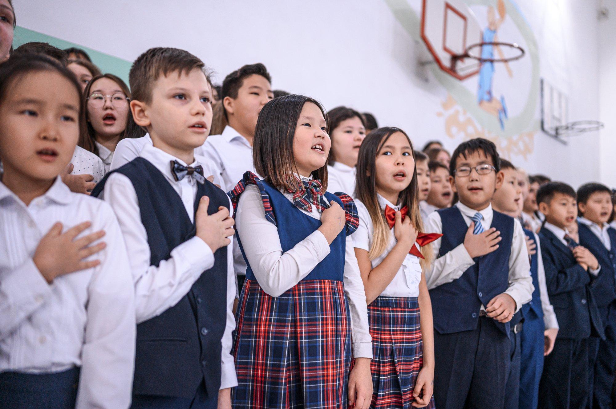 Айсен Николаев: Мы должны приложить все усилия для воспитания истинных патриотов своей Родины
