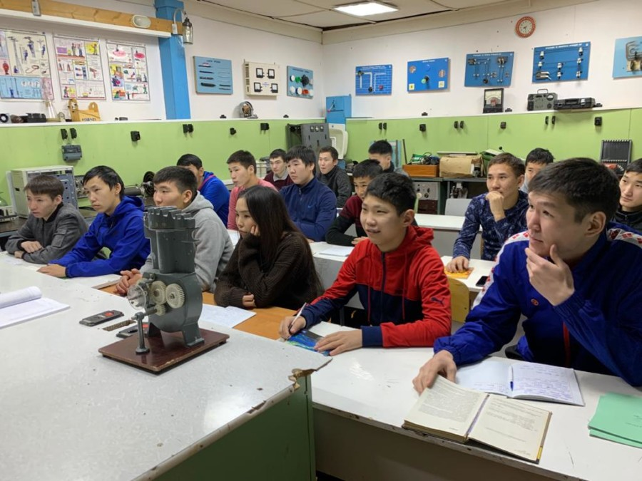 Порядка 10 новых специальностей появятся в колледжах Якутии