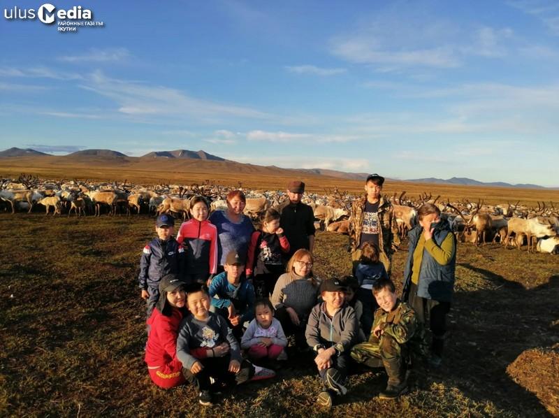Отдохнули с пользой. Дети Усть-Янского улуса летние каникулы провели в оленеводческом стаде
