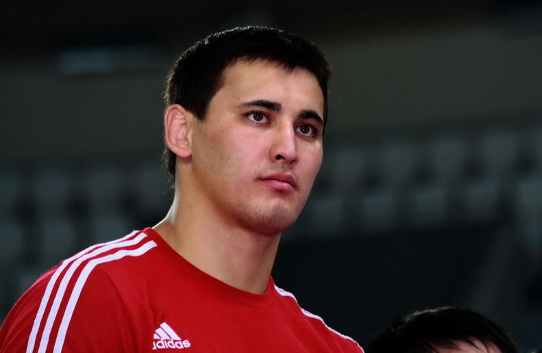 Айаал Лазарев проиграл представителю США Гейблу Стивесону на Олимпиаде в Токио