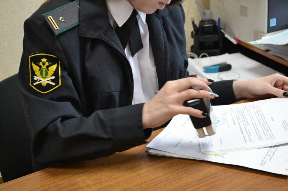 Судебные приставы приостановили деятельность столовой в Якутске