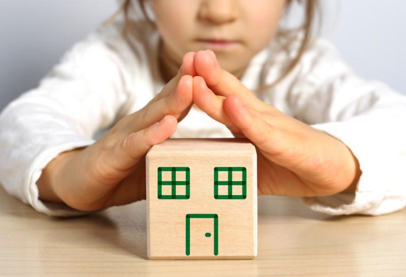 Защитят законом. Разведенных родителей могут привлечь к обеспечению жильем детей