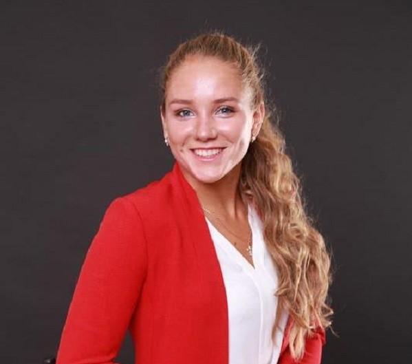 Якутянка Елизавета Ружицкая стала мастером спорта России по плаванию стала