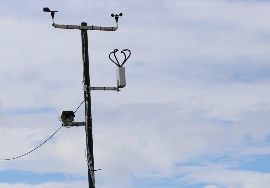 Видит всё. На 370 километре трассы «Лена» установлена камера фотовидеофиксации ПДД