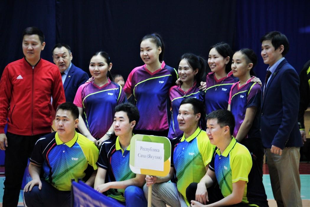 Восемь региональных команд приехали в Якутск на чемпионат Дальнего Востока по настольному теннису