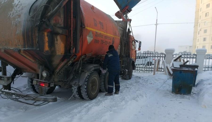 Чистый Новый год. В Якутске в праздничные дни мусор вывозят в усиленном режиме