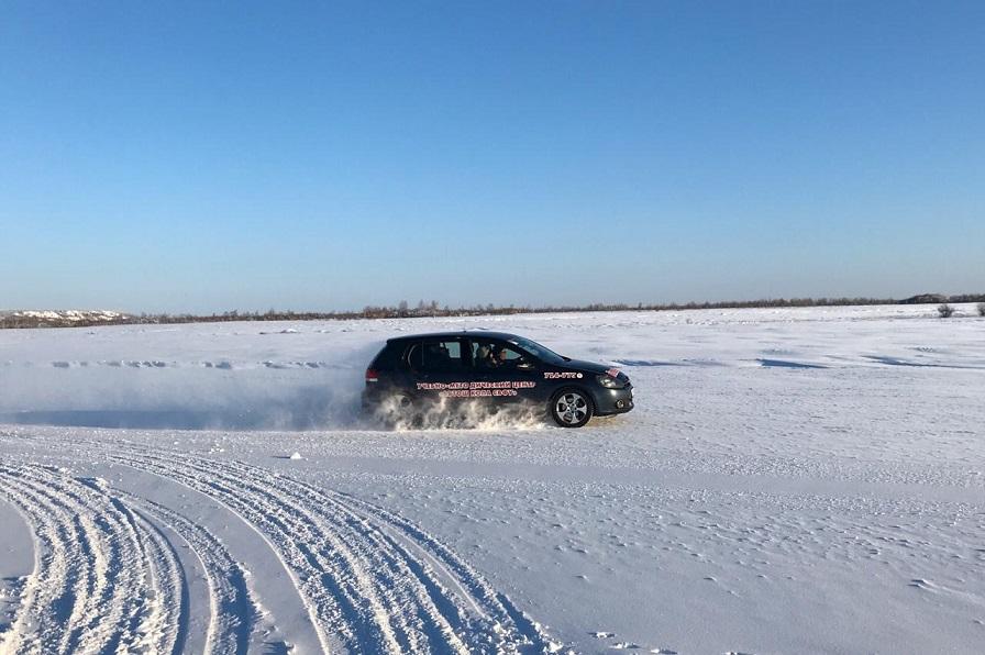 На полигоне СВФУ завершили тестирование японских шин Bridgestone