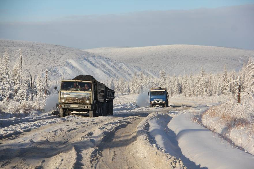В районы Якутии по автозимникам перевезут более 700 тысяч тонн грузов