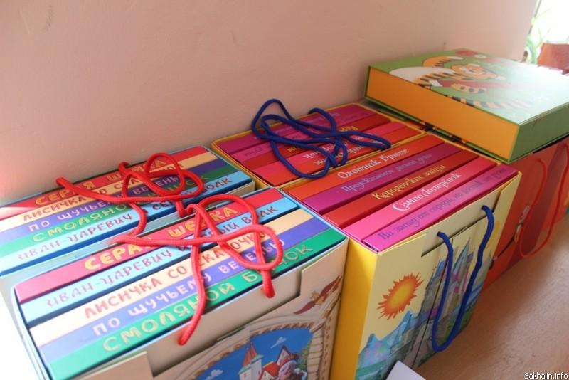 Малышам, рожденным в Перинатальном центре Якутии, будут дарить книги