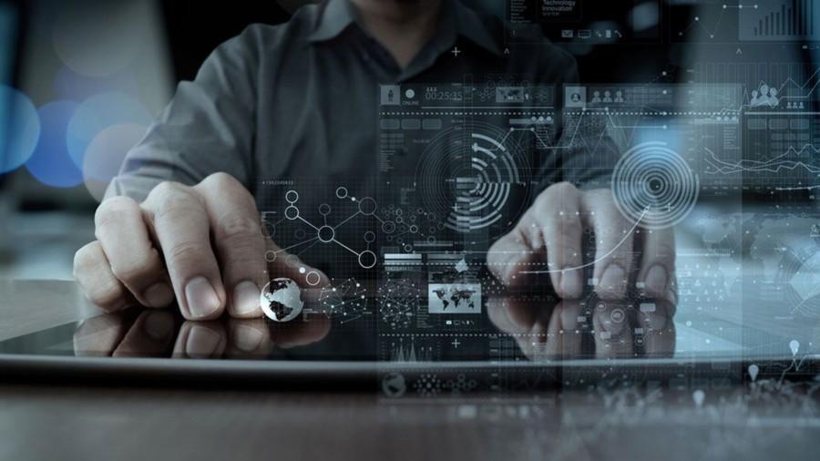 Айсен Николаев: В Якутии к 2030 году в IT-отрасли должны работать около десяти тысяч человек