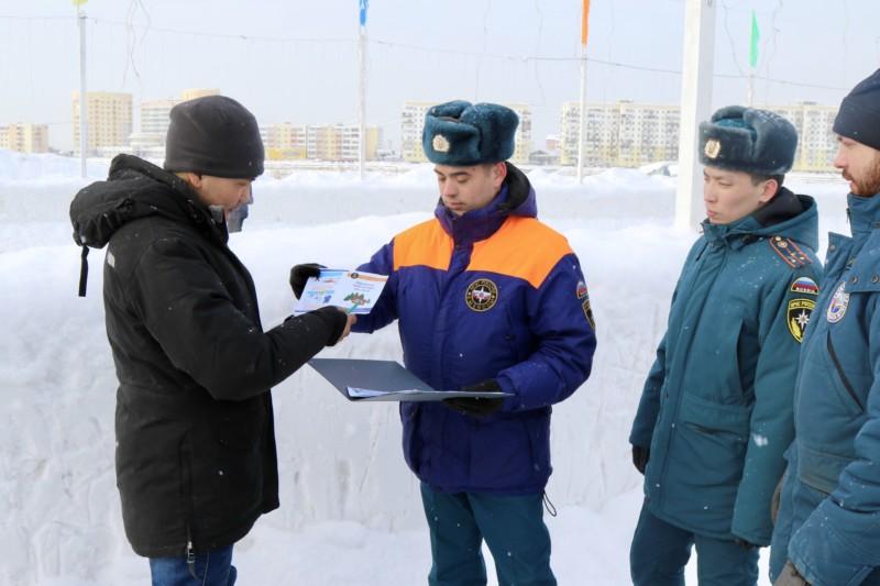 В Якутске спасатели рассказали об опасностях на льду