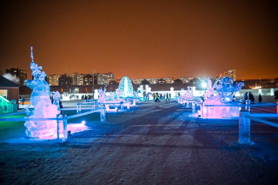 ФОТО: Огни Ледового городка в Якутске