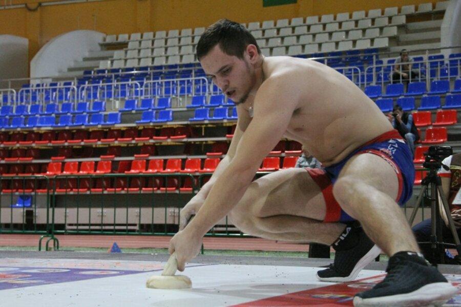 Более тридцати атлетов вступят в гонку за звания чемпионов Якутии по многоборью