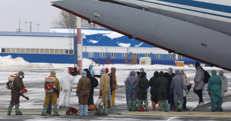 Россиян из Уханя эвакуируют спецбортами ВКС