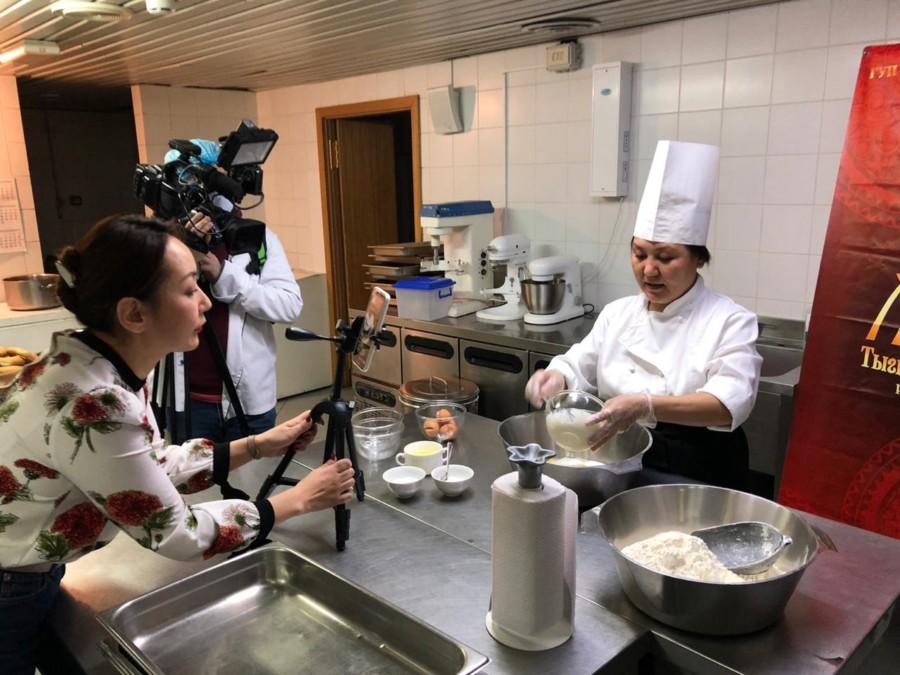 "Ресторан ""Тыгын Дархан"" запустил онлайн-уроки кулинарии"