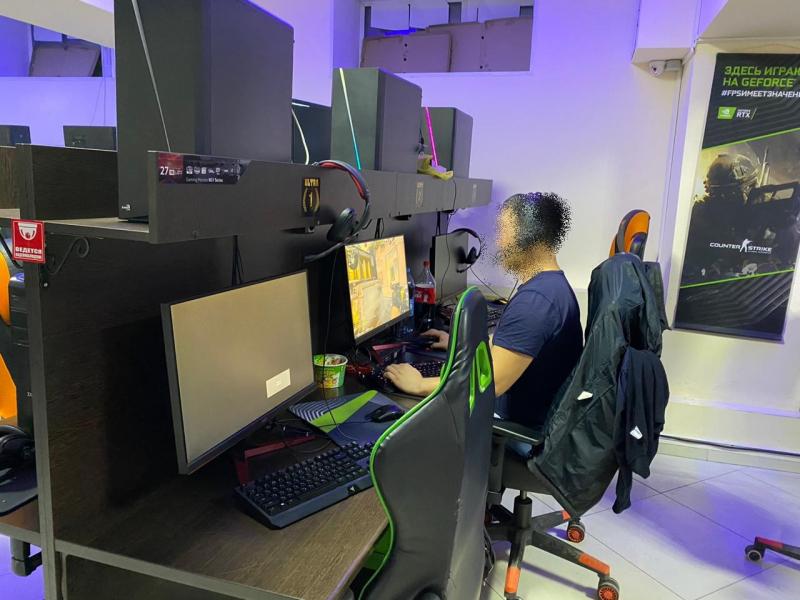 В Якутске инспекторы ПДН выявили три работающих компьютерных клуба