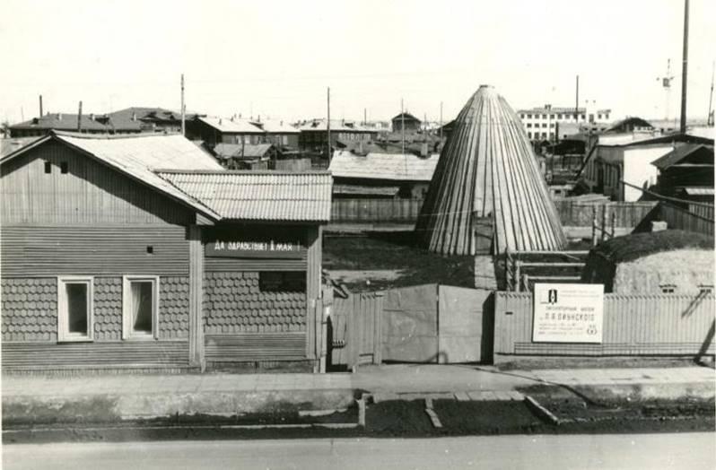 Литературному музею Ойунского 50 лет, или Прикоснемся к живой истории отцов-основателей
