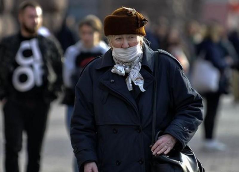 Мишустин призвал к повышенному вниманию к ветеранам во время пандемии коронавируса
