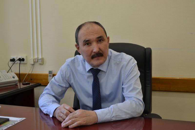 Мэр Ленска призвал горожан не выходить из дома без необходимости