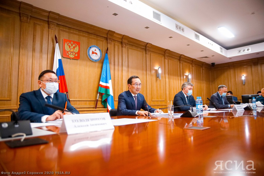 Глава Якутии рассмотрел готовность региона к пожароопасному сезону