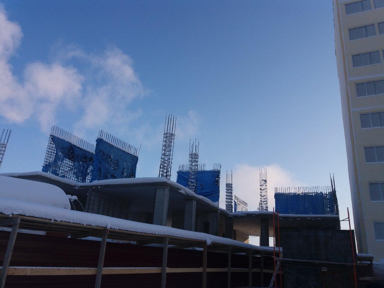 Недостроенный дом по улице Кальвица в Якутске включили в реестр проблемных объектов