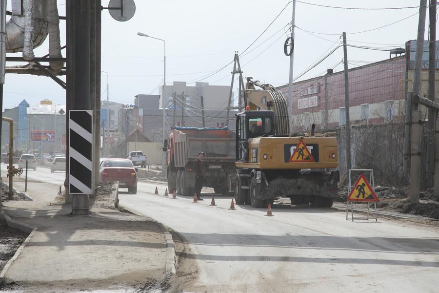 Ремонт дорог в Якутске планируют начать в середине мая