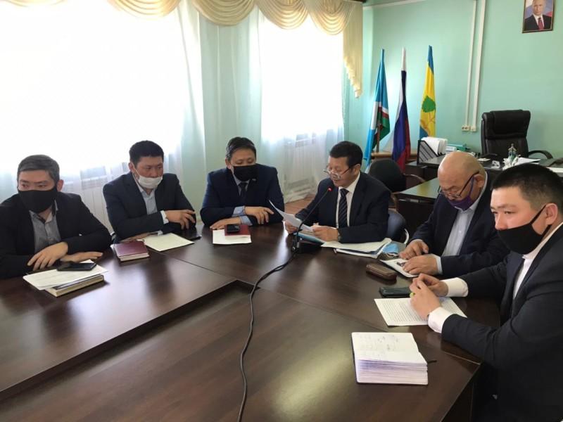 Дополнительные меры поддержки жителей и предпринимателей приняли в Чурапчинском улусе
