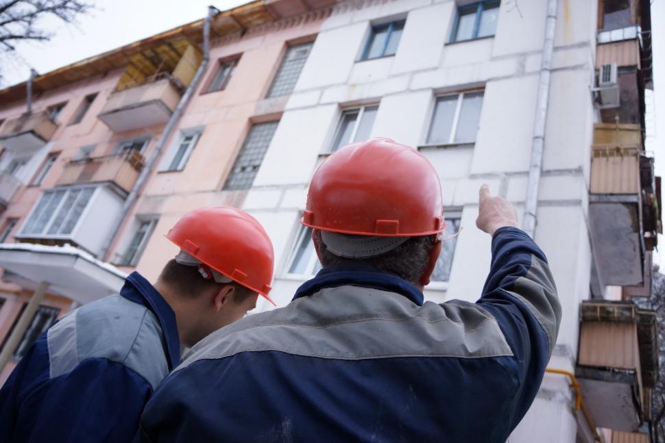 Якутяне могут узнать о сроках капитального ремонта жилых домов онлайн