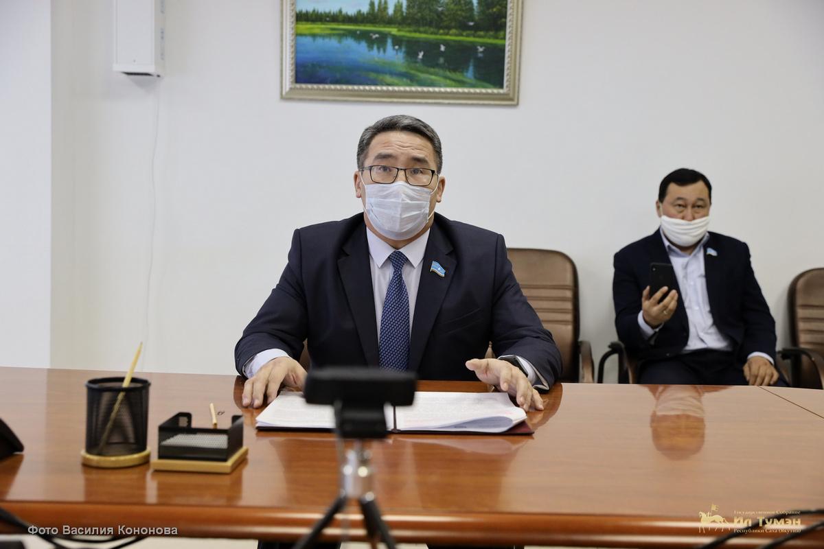 Парламент Якутии планирует провести сессию 15 апреля