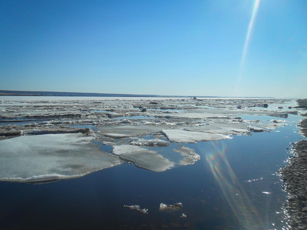 На четырех реках Якутии проходит активная фаза ледохода