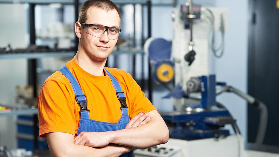Роструд сообщил, что в России открыто более 1 млн вакансий