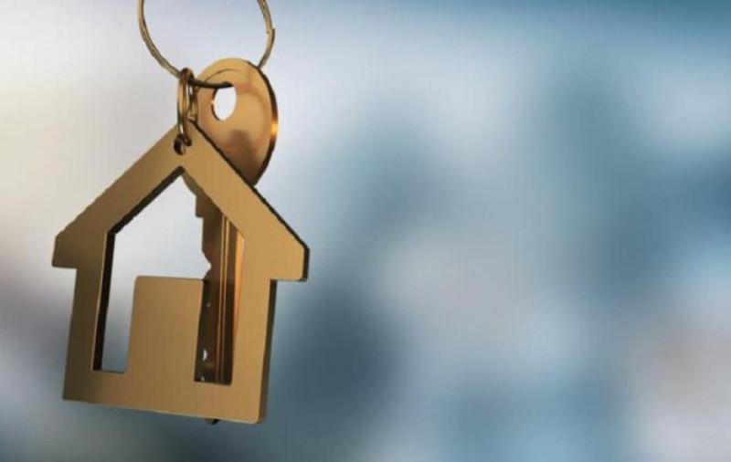 Глава наслега в Якутии через аукцион продал дом, оставив без жилья двух человек
