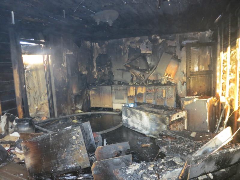 В Якутии следователи разбираются в обстоятельствах смерти женщины при пожаре