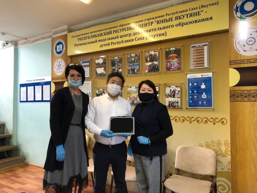 """Работники агрохолдинга """"Туймаада"""" присоединились к всероссийской акции «Помоги учиться дома»"""