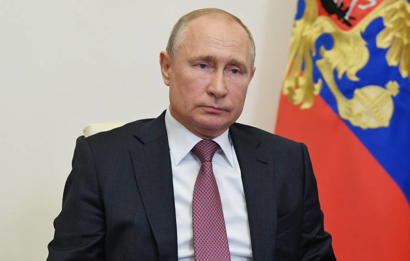 Путин поручил к 1 июня списать налоги за II квартал для малого бизнеса и НКО