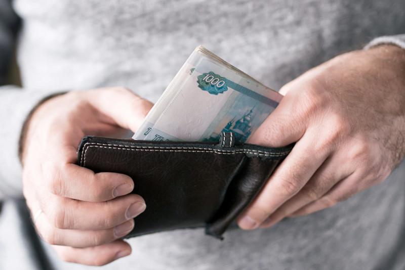 Бизнесу начали выплачивать субсидии на зарплаты работникам