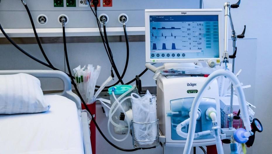 Меньше коек с ИВЛ, больше амбулаторной помощи. Айсен Николаев о необходимости изменения нормативов