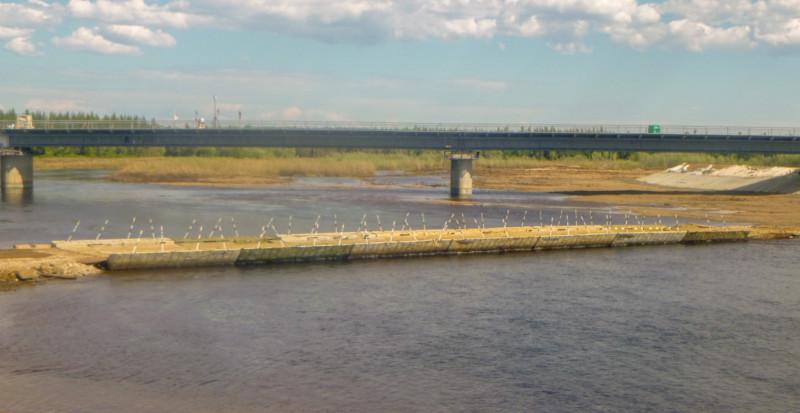 Движение по наплавному мосту через реку Малая Ботуобуйа открывается с 5 июня