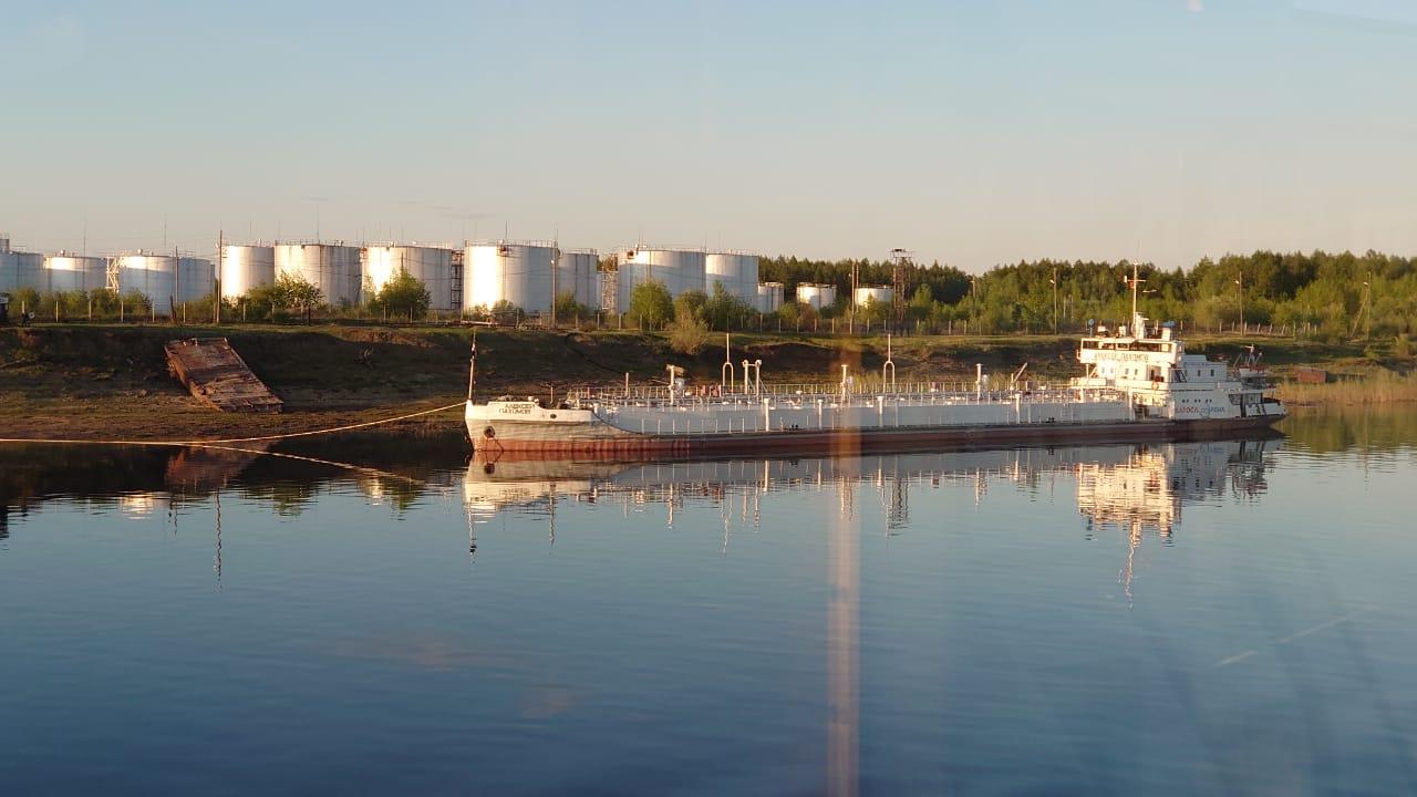 «Саханефтегазсбыт» завершил завоз ГСМ по реке Вилюй